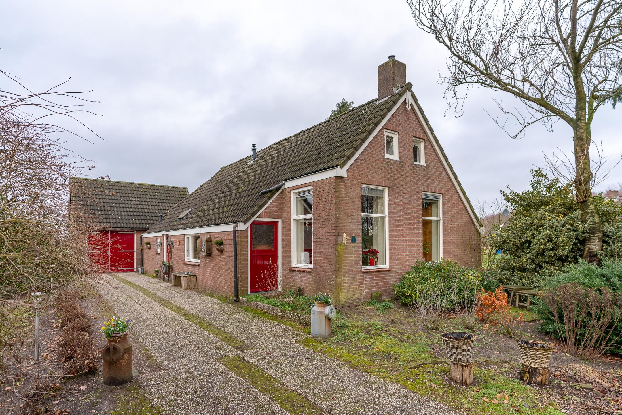 Hijkerweg 6,Drenthe,1920 Bedrooms Bedrooms,5 BadkamerBadkamer,Woonboerderij,Hijkerweg,2,1106