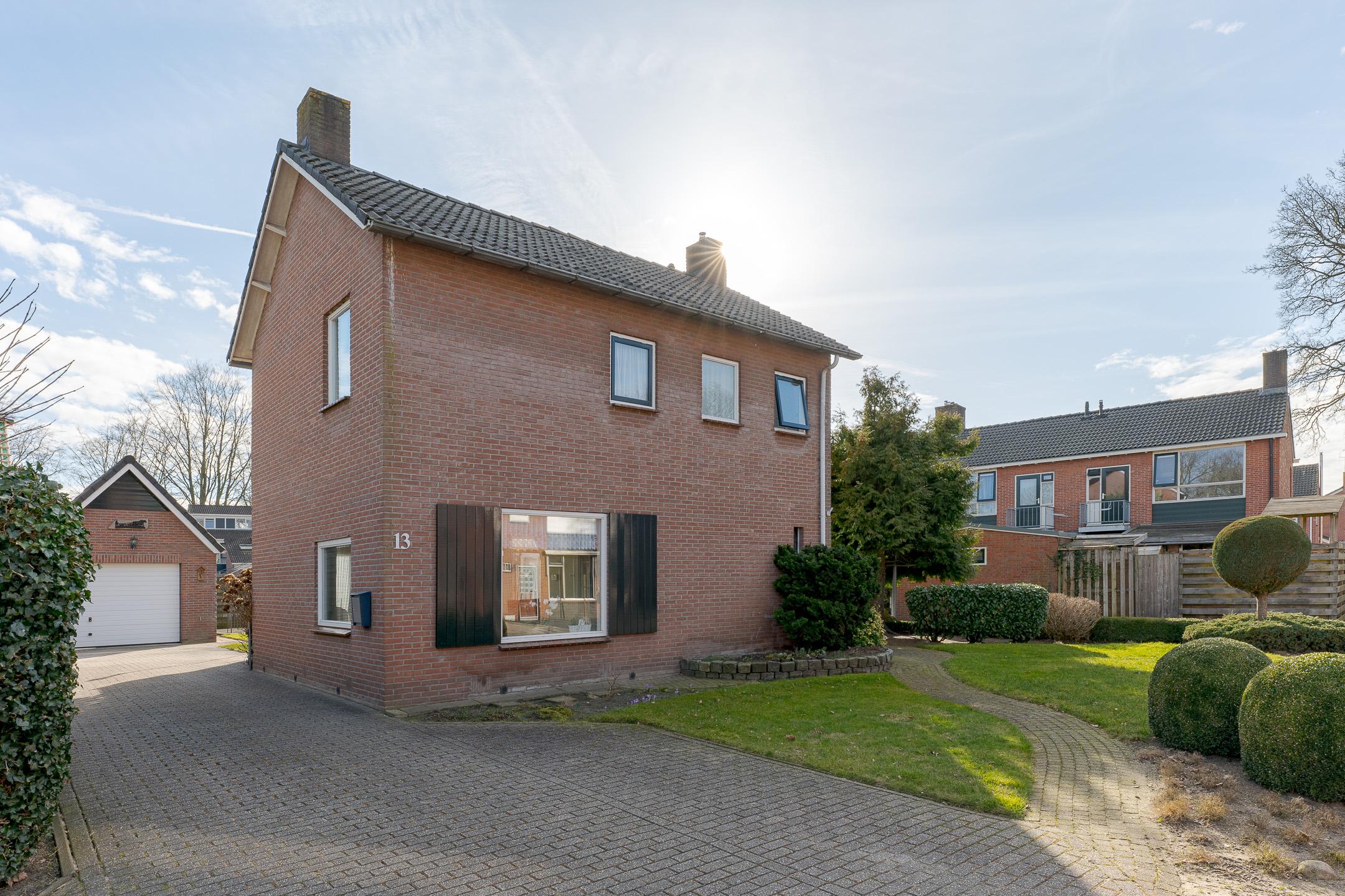 Acacialaan 13, Drenthe, 1967 Slaapkamers Slaapkamers, ,4 BadkamerBadkamer,Eengezinswoning,Te koop,Acacialaan,2,1204